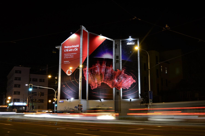 Venkovní reklamní plocha Brno Mendlovo náměstí 026ZB Vodafone