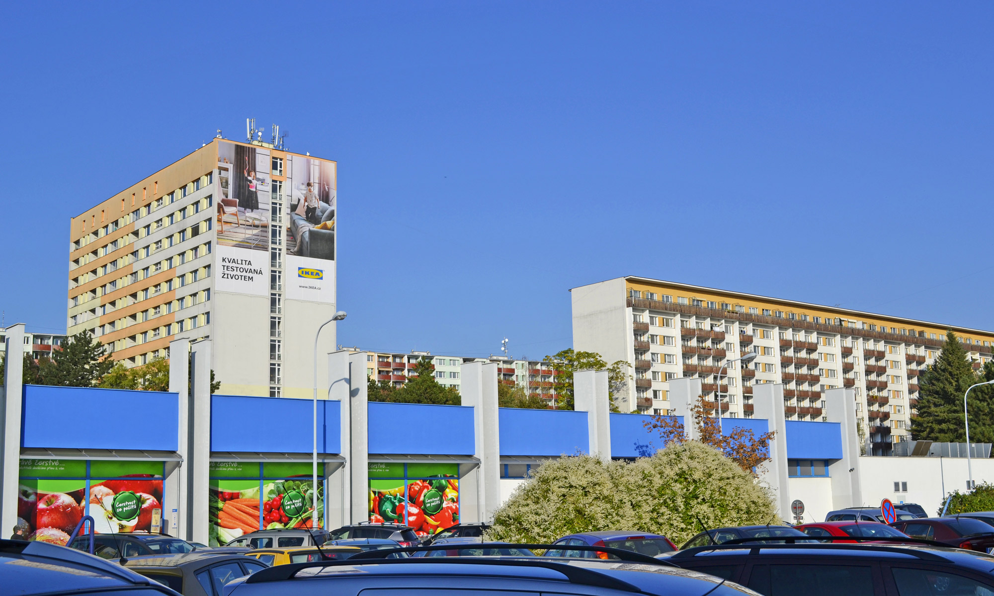 WEREK-MEDIA-Reklamni-plochy-Brno---038ZB-Halasovo-namesti---klient-IKEA---OOH-kampan-10-2018-(2)