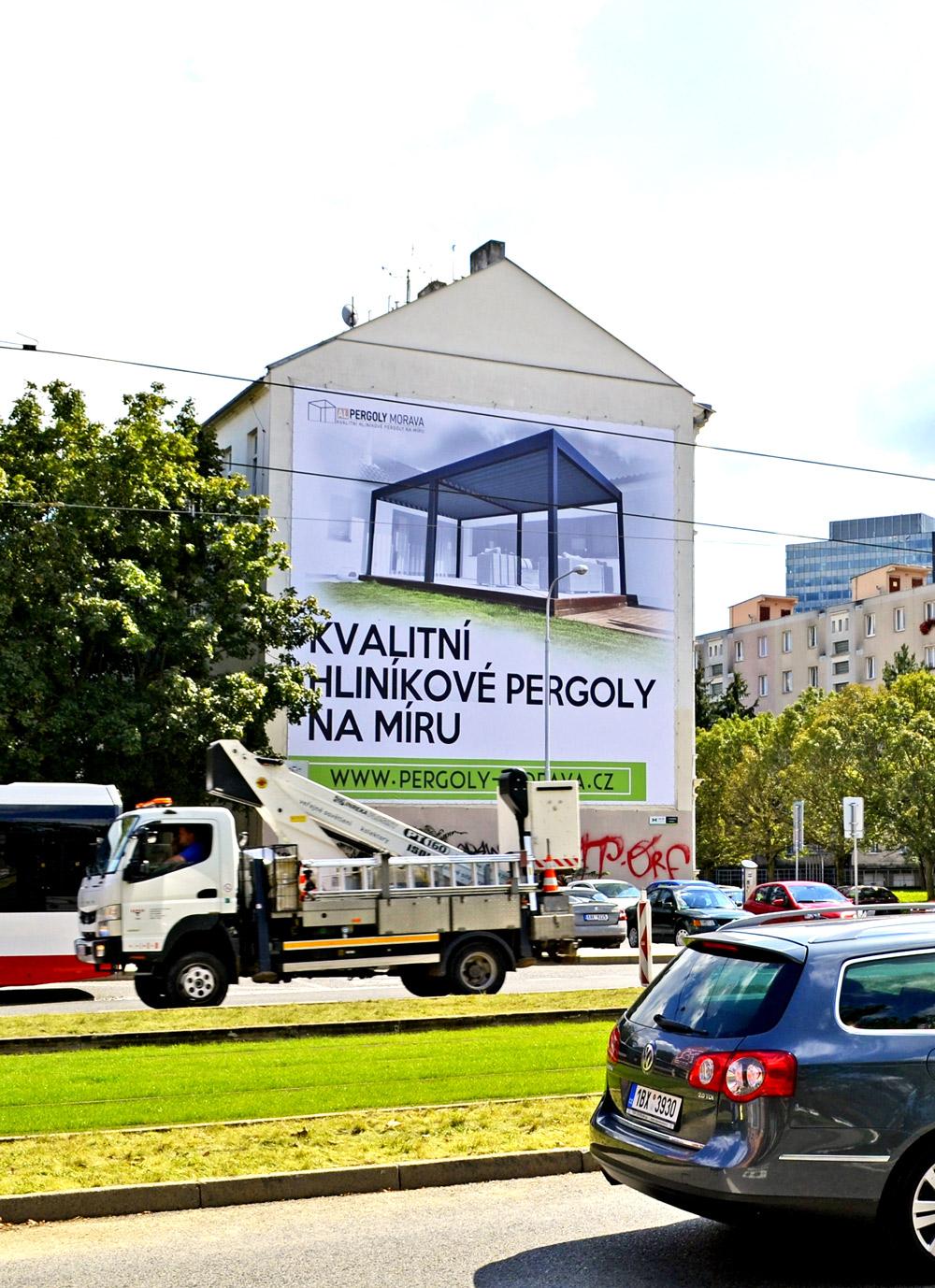 OOH---Venkovní-reklamní-plocha-Werek-Media-RONDO-037ZB-Křídlovická-Brno---klient-Pergoly-Morava---kampaň-2020-09-den01-proweb